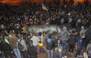 Ουκρανία και άγαλμα του Λένιν